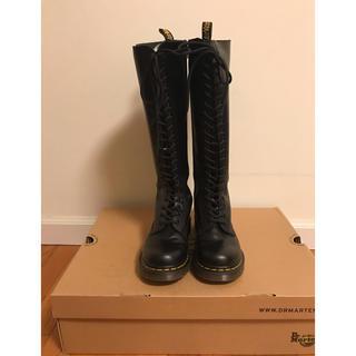 ドクターマーチン(Dr.Martens)のドクターマーチン20ホール ブラック 美品(ブーツ)