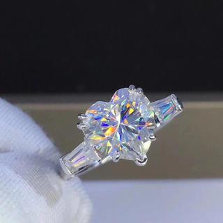 【3カラット】モアサナイトダイヤモンド リング(リング(指輪))