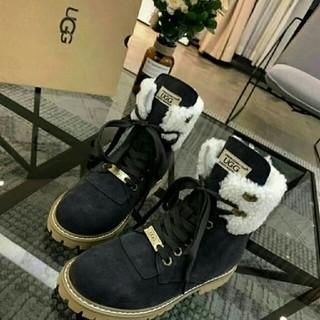 アグ(UGG)の新品 送料込 アグ  UGG ブーツ ムートンブーツ(ブーツ)