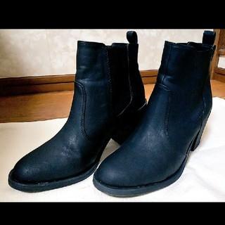 エイチアンドエム(H&M)のH&M ブラックショートブーツ(ブーツ)