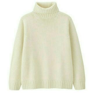 ジーユー(GU)のGU ローゲージタートルネックセーター Lサイズ(ニット/セーター)