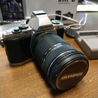 OLYMPUS - シャッター数1017!極美品om-d e-m5 レンズセット ミラーレス一眼