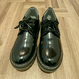 シマムラ(しまむら)の【お値下げしました】試し履きのみ しまむら ドクターマーチン 風 (ローファー/革靴)