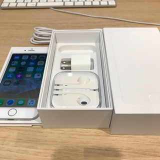 iPhone - IPHON6  64GB シルバー AU