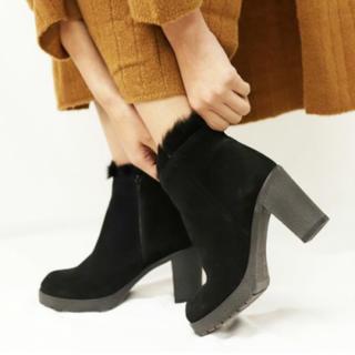 アパルトモンドゥーズィエムクラス(L'Appartement DEUXIEME CLASSE)のカレンリップス ショートブーツ 24-24.5 38(ブーツ)