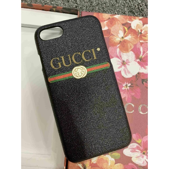 givenchy iphone8 カバー 革製 | Gucci - GUCCI グッチ iPhoneケース iPhone7 iPhone8の通販 by ヨシカ's shop|グッチならラクマ
