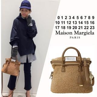 アパルトモンドゥーズィエムクラス(L'Appartement DEUXIEME CLASSE)の新品 MAISON MARGIELA 5AC ムートン バッグ ミニ(ハンドバッグ)