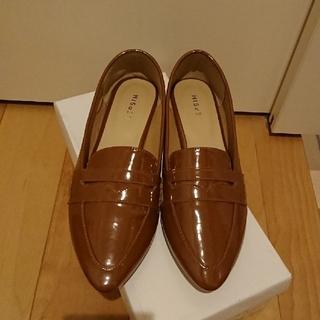 レプシィムローリーズファーム(LEPSIM LOWRYS FARM)の新品同様☆レプシィムローリーズ☆茶色エナメルローヒール(ローファー/革靴)