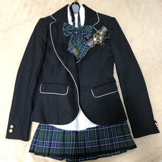 小学生卒業式など制服