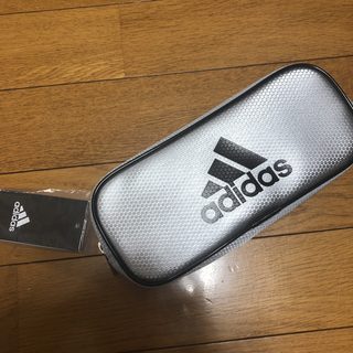 アディダス(adidas)の【新品未使用】adidas ペンケース(ペンケース/筆箱)