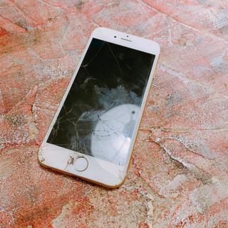 アップル(Apple)のiPhone6s 64GB GOLD ジャンク品(スマートフォン本体)