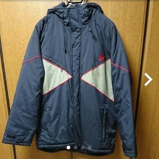 アディダス(adidas)のコート(ナイロンジャケット)