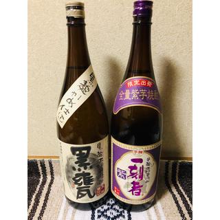 芋焼酎 一刻者 紫 1800㎖ 黒甕 1800㎖(焼酎)