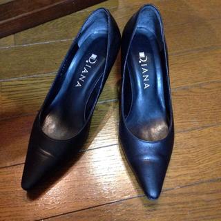 ダイアナ(DIANA)のDIANA 黒 革靴 22.5(ハイヒール/パンプス)