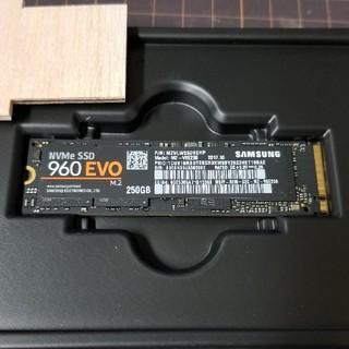 サムスン(SAMSUNG)のSamsung 960 evo 250 M.2 (PCパーツ)