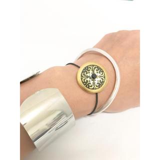 アッシュペーフランス(H.P.FRANCE)のヴィンテージボタン ブレスレット ゴム仕様 ゴールド ドーム型 ヘアゴム(ブレスレット/バングル)