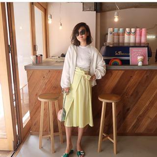 チェスティ(Chesty)のrosymonster  tuck skirt pants イエロー Sサイズ(ひざ丈スカート)