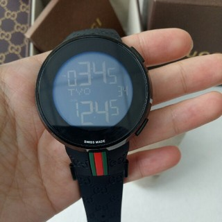 Gucci - ほぼ未使用品!GUCCI  メンズ腕時計