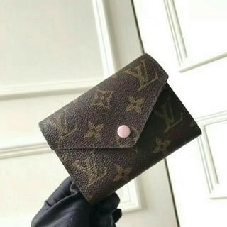LOUIS VUITTON - LV 折り財布