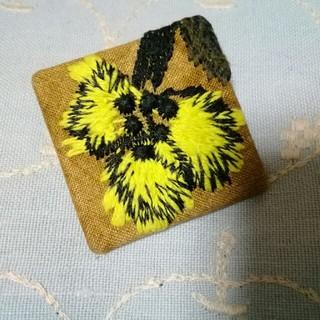 ミナペルホネン(mina perhonen)の⭐ミナペルホネン サンキューベリーバッジ 希少❕twins 送料無料(ブローチ/コサージュ)