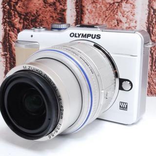 オリンパス(OLYMPUS)の★超かわいい★オリンパスPEN E-PL1 レンズセット (ミラーレス一眼)