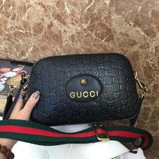 グッチ(Gucci)のGUCCI ショルダーバッグ(ショルダーバッグ)