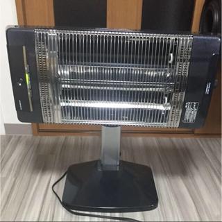 コロナ(コロナ)のコロナ 電気ストーブ コアヒート ブラックパール 2018年製(電気ヒーター)