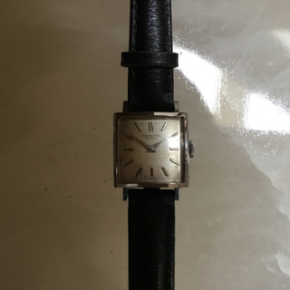 インターナショナルウォッチカンパニー(IWC)のIWCのスクウェアのビンテージ 手巻き時計  女性 しゃ?ん(腕時計)