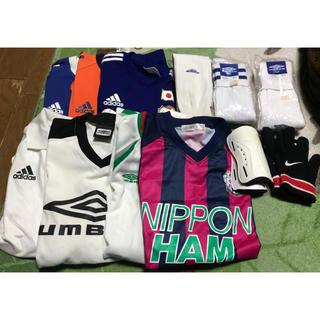 アディダス(adidas)のサッカーシャツ、パンツ いろいろ(サッカー)