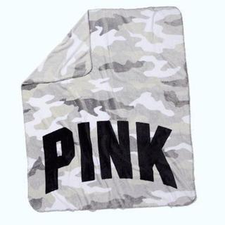 ヴィクトリアズシークレット(Victoria's Secret)の新品未使用ヴィクトリアシークレット♡PINKブランケット毛布(毛布)