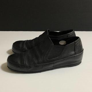 サヤ(SAYA)のサヤ サイドゴア スリッポン(ローファー/革靴)