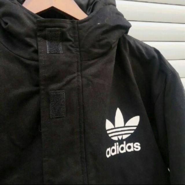 adidas(アディダス)のアディダスフード付きダウンジャケット黒 レディースのジャケット/アウター(ダウンジャケット)の商品写真