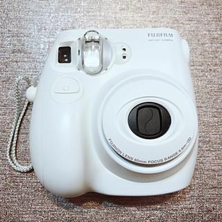 フジフイルム(富士フイルム)のチェキ instax mini 7s(フィルムカメラ)