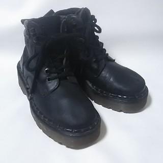 ドクターマーチン(Dr.Martens)の 希少イングランド製!ドクターマーチン高級厚底ダッドブーツ黒ビンテージ!   (ブーツ)