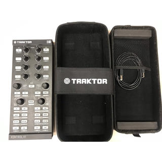 NATIVE INSTRUMENTS TRAKTOR KONTROL X1(DJコントローラー)