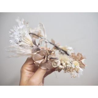 ♡ミニスワッグ付き♡ドライフラワーの冬色花冠 white × gold kids(ドライフラワー)