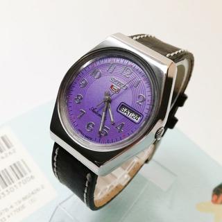 セイコー(SEIKO)のVINTAGE SEIKO 5 DAY & DATE パープル  自動巻腕時計(腕時計(アナログ))