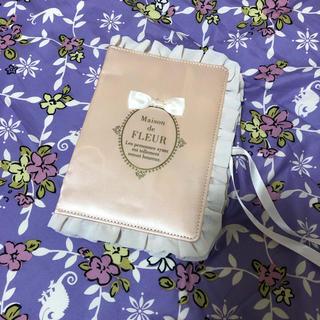 メゾンドフルール(Maison de FLEUR)のメゾンドフルール 母子手帳ケース(母子手帳ケース)