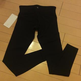 ルルレモン(lululemon)のLululemon black pants(ヨガ)