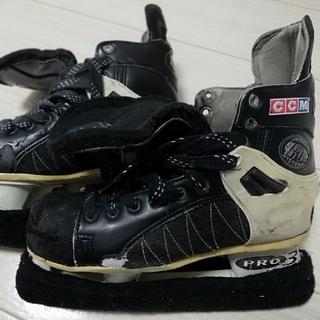 シーシーエム(CCM)のアイスホッケー スケート靴(ウインタースポーツ)