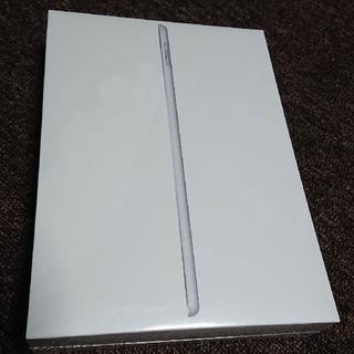 アイパッド(iPad)の 新品 iPad  Wi-Fiモデル 32GB 第6世代 シルバー(タブレット)