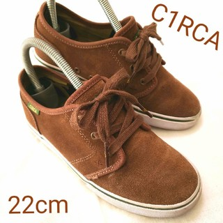 サーカ(C1RCA)の美品(○´∀`人´∀`○) C1RCA サーカ スニーカー 内側迷彩柄 22cm(スニーカー)