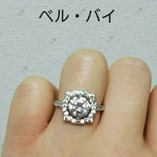 ホワイトゴールドplated 高品質AAAczダイヤ  ベルバイ モチーフリング(リング(指輪))