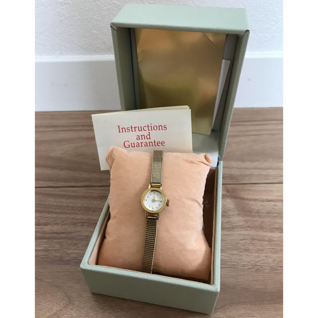 H.P.FRANCE(アッシュペーフランス)のH.P.FRANCE goldie 時計 レディースのファッション小物(腕時計)の商品写真