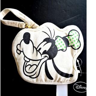 ディズニー(Disney)の【定価1296円】新品タグ付き。Disney :グーフィー・パスケース(定期入れ)
