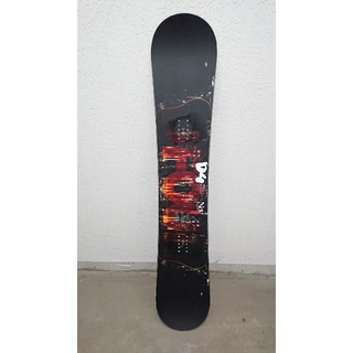 ノーベンバー(NOVEMBER)の極美品国産スノーボード17-18モデルNovemberノーベンバーD4152cm(ボード)