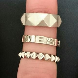 ディーゼル(DIESEL)のDIESELスタッズ3連リング★指輪Silver時計ピアスネックレス(リング(指輪))