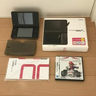ニンテンドーDS(ニンテンドーDS)のニンテンドーDSi LL(ダークブラウン)本体 + マリオカートDS(携帯用ゲーム機本体)