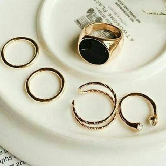早いもの勝ち 5個セット⭐存在感ありデザインリング ゴールド メンズのアクセサリー(リング(指輪))の商品写真