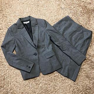 ナチュラルビューティーベーシック(NATURAL BEAUTY BASIC)の《ナチュラルビューティベーシック》 スカートスーツ S〜M グレー(スーツ)